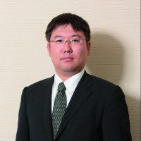 代表取締役社長 赤阪 治恒